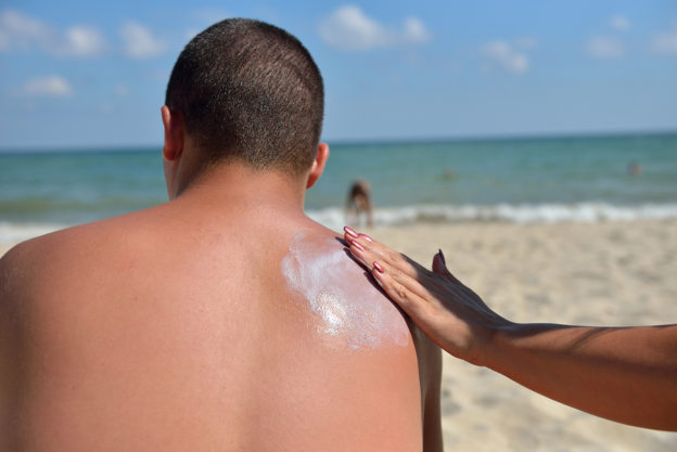 best suntan lotion to buy or use on skin, pros and cons of using sunblock, tanning lotion benefits and consequences, skin care