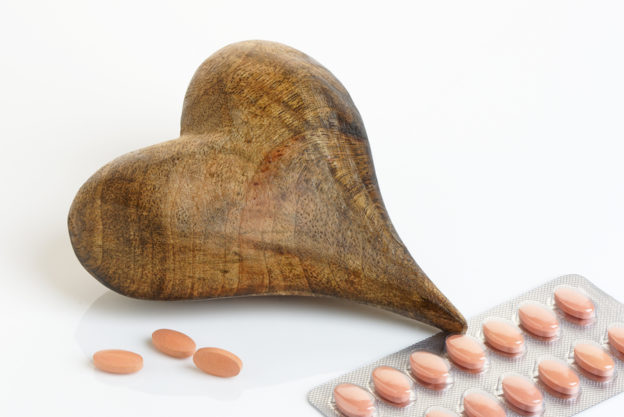 statin pros and cons, are statins a scam?, how to naturally lower LDL and cholesterol levels