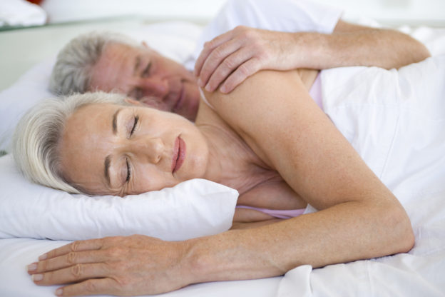 what are amyloid plaques, sleep and alzheimer's, how to reduce beta amyloid, does lack of sleep affect my health, amyloid and alzheimer's, how to stop amyloid plaques, what happens when I miss a night of sleep,